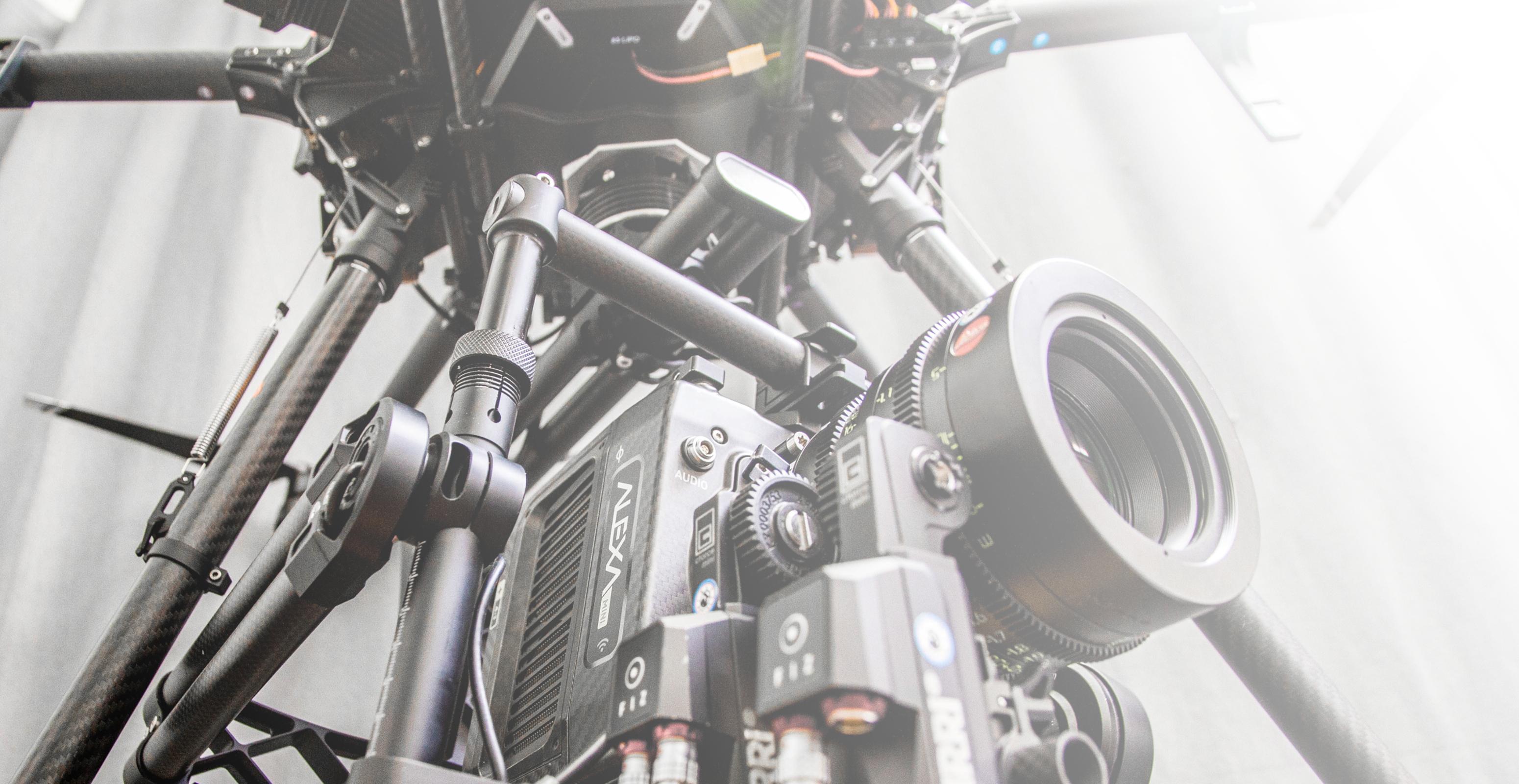 Arri Alexa Mini Drohne Flugaufnahmen Hexakopter DJI Matrice 600 pro Österreich Austro control Zulassung