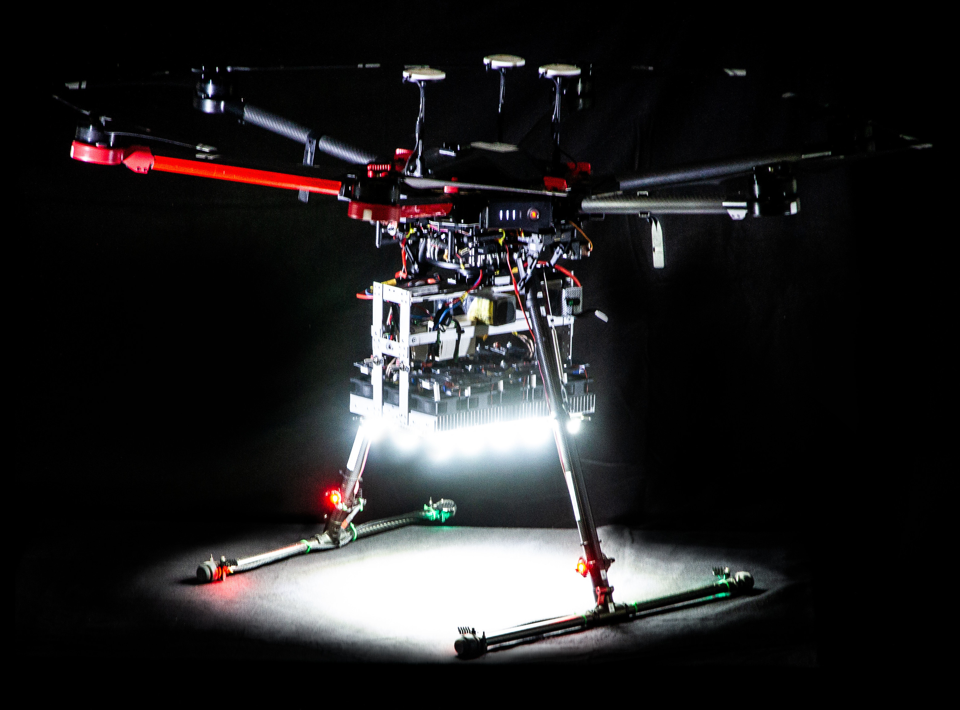 LED Drohne moving lights luftaufnahmen münchen 150.000 lumen aerial led drone light team munich germany bavaria