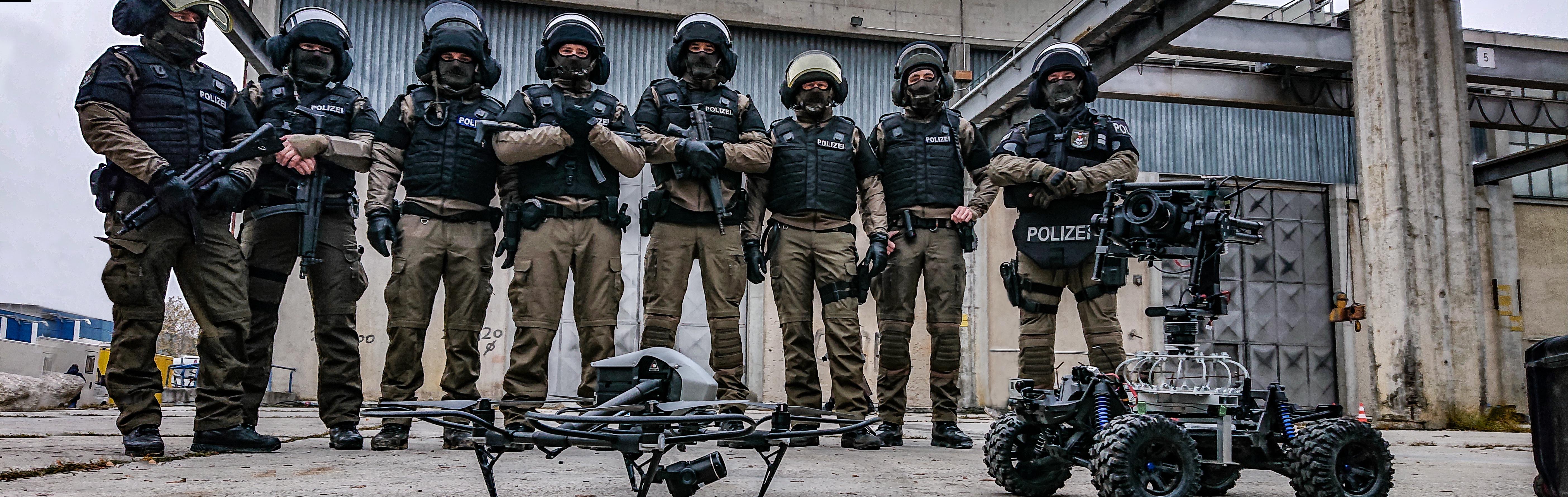 Drone team lukas maurer fabian christ dji inspire matrice 600 alexa mini X5R