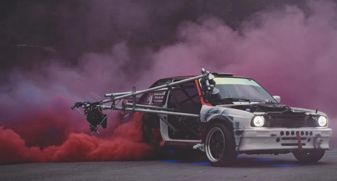 Mini Towercam DJI X7 Fahraufnahmen Pressefootage Pressfootage b-roll automotive filmaufnahmen fahraufnahmen car2car cartocar cartobike verfolgungen tracking car