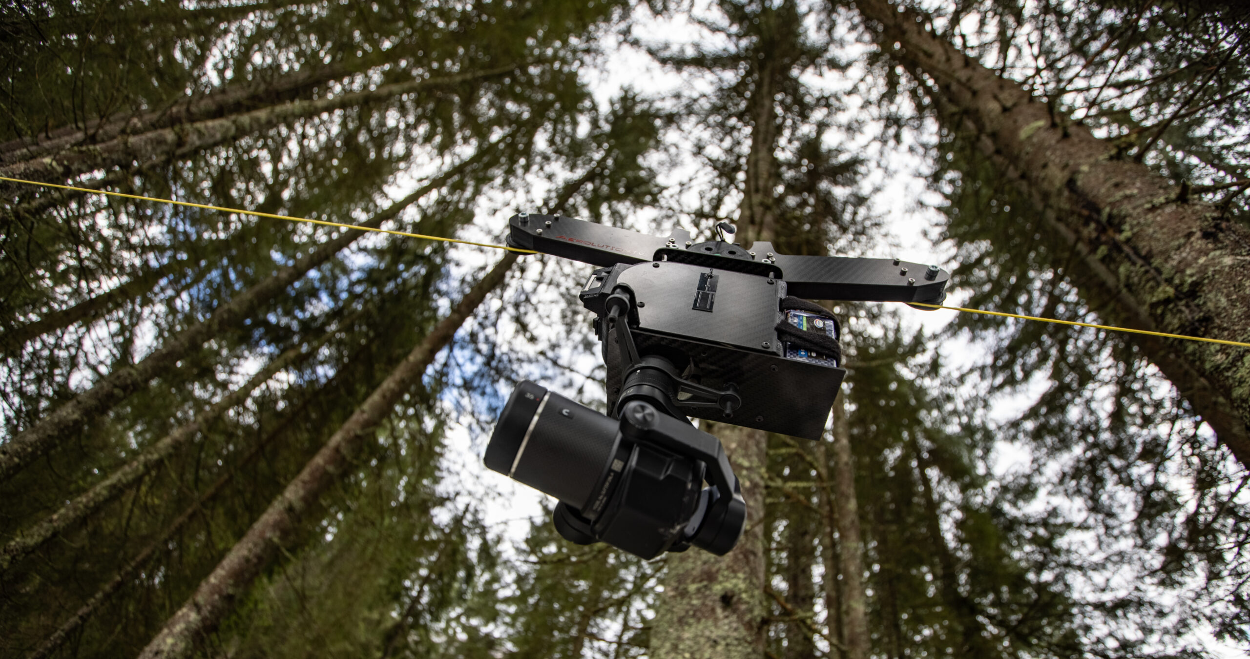 CableCam Seilkamera Rope cam wire cam Kamera bewegte Kamerafhrten Filmset Filmaufnahmen dynmaisch Drohnenpilot