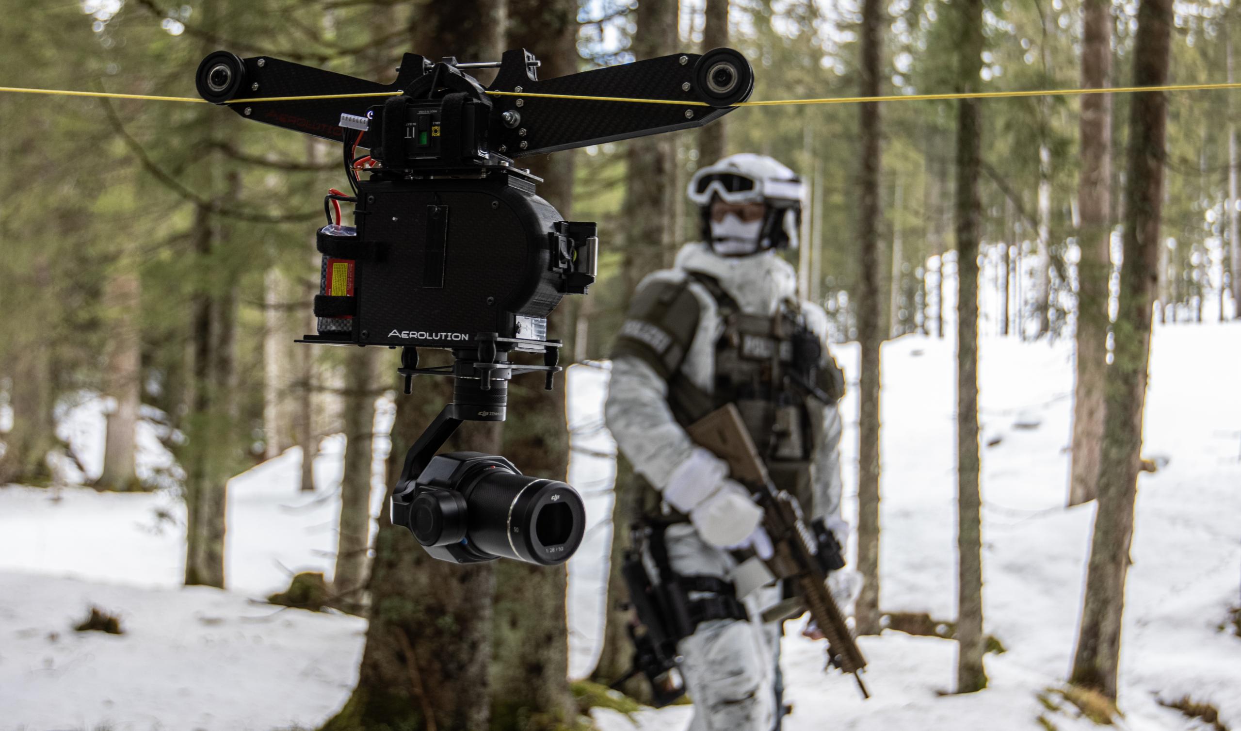Cablecam mit Filmcops-Spezialeinheiten Seilkamera Kamerafahrten Outdoor Drohnenteam