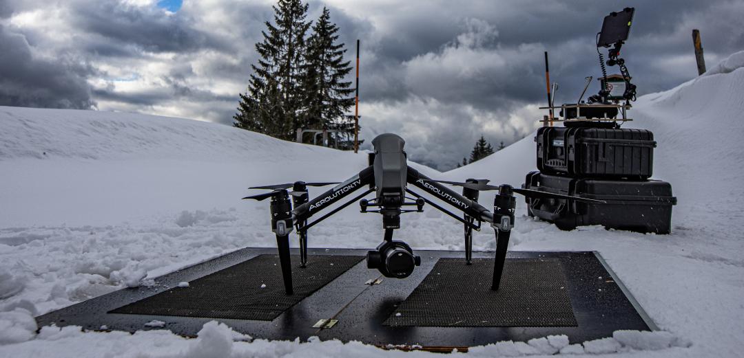 2-Mann Drohnenteam mit DJI Inspire 2 X7 oder X5s 6K DNG RAW Luftaufnahmen mit der Drohne München Bayern Frankfurt Berlin Hamburg